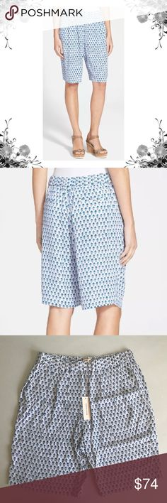 """{Rebecca Taylor} Tulip Print Casual Shorts Rayon casual shorts. Polyester lining. Drawstring waist. Measurements taken on Sz 6: Waist across is approx 14.5"""". Front Rise is approx 11.5"""". Inseam is approx 10"""". Bundle for discounts! Thank you for shopping my closet! Bin 49 Rebecca Taylor Shorts"""