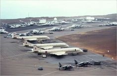 Black Buck Memories - Vulcan To The Sky. Harriers, Victors and Nimrods parked up in advance at Ascension Island awaiting the arrival of Vulcan aircraft from RAF Waddington before the attacks could begin. Military Jets, Military Aircraft, Ww2 Aircraft, Aircraft Carrier, Handley Page Victor, Ascension Island, V Force, British Aerospace, Avro Vulcan