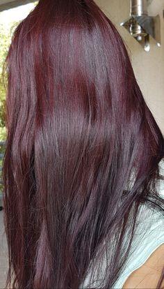 Henné Morgana by Golden East Store Hair Color Streaks, Hair Dye Colors, Hair Highlights, Cut My Hair, Hair Cuts, Pelo Color Vino, Hair Dye Shades, Red Hair Inspo, Wine Hair