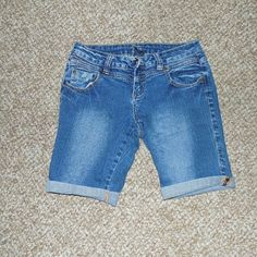 Z Co Jean Shorts in Excellent Condition Z Co Jean Shorts in Excellent Condition ZCo Jeans Shorts Jean Shorts