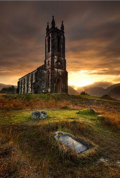 ruin-my-heartstrings:    Dunlewy Church, Ireland, by Gary McParland
