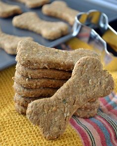 Homemade Peanut Butter Oatmeal Dog Treats (with parsley to help freshen their breath)