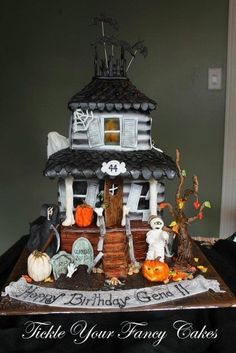Haunted House cake for a Halloween party! Description from pinterest.com. I searched for this on bing.com/images