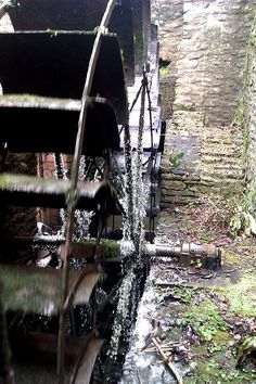 Water Wheel at Snuff Mills