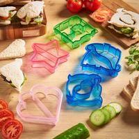 Inspirer Uplift Sandwich Fraises pour moules à pain - diy deko Sandwich Cutters, Food Cutter, Bread Mold, How To Make Sandwich, Child Love, Diy Food, Fruits And Vegetables, Food Preparation, Safe Food