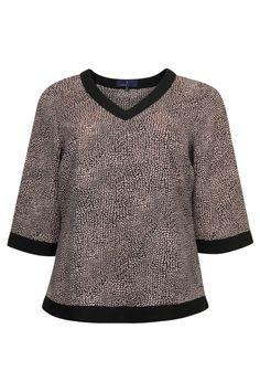 Mooie blouse van #Xandres X-Line! Ook online bestelbaar bij www.NR4.be Nr4 #GroteMaten #Dames