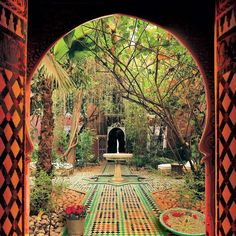 The amazingly beautiful Riads of Morocco. Riad comes from the Arabic word Ryad (garden) used for a house,palace or hotel with an interior garden or courtyard. http://acasadava.com/2012/10/claiming-my-moroccan-riad.html
