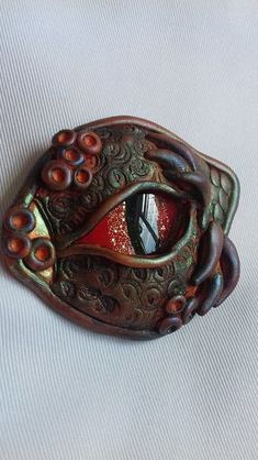 Dragon Eye from Pinkleberry Crafts Dragons, Polymer Clay Dragon, Dragon Eye, Dragon Pendant, New Crafts, Eye Art, Ceramic Clay, Creative People, Clay Creations