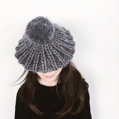 Knitted pompom beanie, chunky knit