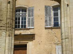 Ancienne mairie de Bonnieux  #edouardloubet #maisonsedouardloubet #capelongue #ledomainedecapelongue #relaischateaux #bonnieux #mybonnieux #luberon #myluberon #provence
