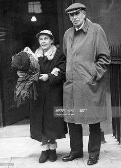 News Photo : The British economist and writer John Maynard... Maynard Keynes, Bloomsbury, Writer, British, London, News, People, Writers, People Illustration