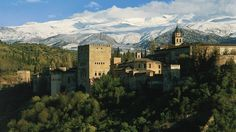 Alhambra Castle Granada Spain | HD Alhambra Palace In Granada Spain Wallpaper