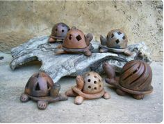 Ceramic Pinch Pots, Ceramic Clay, Stoneware Clay, Pottery Animals, Ceramic Animals, Raku Pottery, Pottery Art, Clay Projects, Clay Crafts