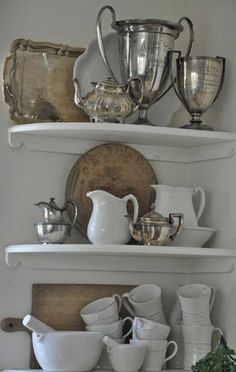 http://tidbitsandtwine.com/vintage-silver-everyday-decorating-ideas/  TidbitsTwine Silver Deor Vintage Silver: Everyday Decorating Ideas