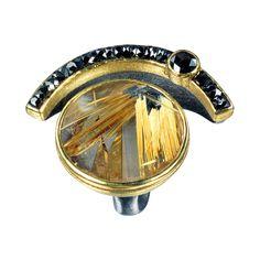 22k Gold, Silber, Rutilquarz 22,14 ct – T. Munsteiner-Schliff, schwarzer Diamant im Rosen-Schliff 0,45 ct, schwarze Diamantenlinsen 4,63 ct