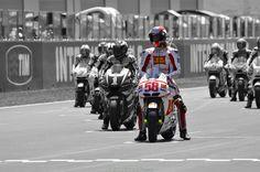 Marco Simoncelli Honda MotoGP, http://www.daidegasforum.com/forum/foto-video/503994-marco-simoncelli-raccolta-foto-thread.html