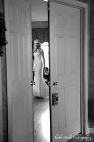 Bridal photography...@Cathy Swafford this would be so cute!