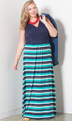 Life Styled Look 86: Show Your Stripes #swakdesigns #Curvy #PlusSize
