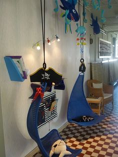 Decor for Boys room...Alot can be added to this fun theme