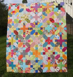 do. Good Stitches Imagine Circle March Quilt top by sewcraftyjess, via Flickr