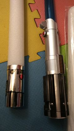 4. Dram the desired lightsabre pattern on the silver paper. Use permanent markers!