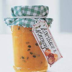 Die gelben Früchte der amerikanischen Passionsblume (Maracuja) enthalten viel Vitamin C - lecker und gesund!