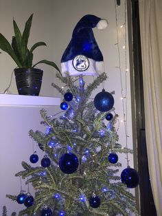 Hanukkah, Christmas Tree, Wreaths, Holiday Decor, Home Decor, Teal Christmas Tree, Decoration Home, Door Wreaths, Room Decor