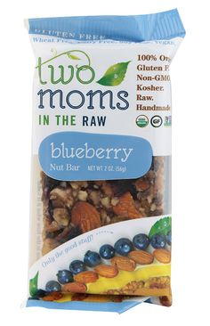 Two Moms in the Raw Organic Nut Bar Gluten Free Blueberry