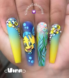 My First Time drawing Disney Character.It's very very hard. My First Time drawing Disney Character.It's very very hard. Disney Acrylic Nails, Summer Acrylic Nails, Best Acrylic Nails, Disney Nails, Acrylic Nail Designs, Nail Design Glitter, Nail Design Spring, Disney Nail Designs, Crazy Nail Designs