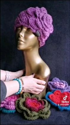 Crochet Flower Hat, Flower Hats, Colorful Clothes, Colourful Outfits, Crocheted Hats, Leather Earrings, Slow Fashion, Flower Patterns, My Etsy Shop