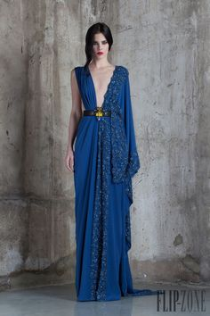 Basil Soda Haute couture весна-лето 2016 Add fabric color of buckle across chest. Haute Couture Style, Couture Mode, Couture Fashion, Spring Couture, Beautiful Gowns, Beautiful Outfits, Elegant Dresses, Pretty Dresses, Style Fête