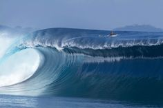 This is a seriously heavy wave. #surfing #bigwave #wave #justsaying