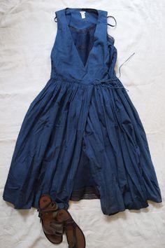 Dosa Slip Indigo dress from Makié/love those sandals, too. Le Grand Bleu, Indigo Dress, Bleu Indigo, Mode Inspiration, Everyday Fashion, Dress Up, Wrap Dress, One Piece, My Style