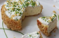Savory Sour Cream Chives Cheesecake with Potato Chip Crust...I knew I would find cheesecake with chips...tossing a sweet one around in my brain!