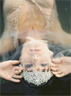 veil and hair accessory