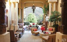 Will Smith outdoor living room. Ich liebe die verschiedenen Sitzgruppen für verschiedene Tätigkeiten.