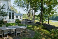 Custom site furnishings.jpg - Landscape Architect Susan Wisniewski Hudson Valley