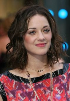 Shoulder-Length marion-cotillard-hairstyle