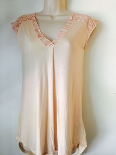 Size XS S Soft Flowing LITTLE YELLOW BUTTON Knit Top Soft Peach Pink Summery EUC  | eBay