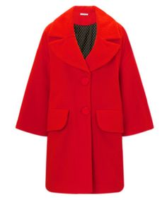 The Statement Coat Debate: One <i>Vogue</i> Editor Defends Her Right to Stand out in the Crowd – Vogue