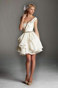 Atractivos vestidos de novia cortos 2015