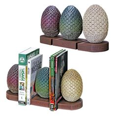 Dark Horse Deluxe Game of Thrones: Dragon Egg Bookends – Friendly Faces Game Of Thrones Decor, Game Of Thrones Books, Game Of Thrones Dragons, Game Of Thrones Bedroom, Game Of Thrones Gifts, Throne Room, Dragon Egg, My Sun And Stars, Mother Of Dragons