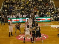 ブログ更新しました。『ホーム開幕戦 リンク栃木ブレックス vs 千葉ジェッツ』 http://ameblo.jp/porter610/entry-11628874814.html