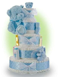 Baby Shower Diaper Cake Ideas for Boys Blue Teddy Bear Other diaper cakes for boys idea is castle diaper cakes. This is easy, you can create this diaper cakes, I believe that you can create this castle diaper cakes. Fiesta Baby Shower, Baby Shower Niño, Shower Bebe, Baby Shower Diapers, Baby Shower Parties, Diaper Shower, Baby Shower Centerpieces, Baby Shower Decorations, Diaper Centerpiece