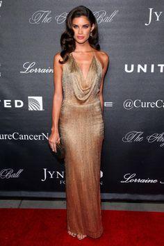 PHOTOS: Sara Sampaio Glows in Golden Gown