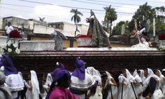 Semana Santa - Procesión Infantil Réplica de la Dolora de Candelaria (Guatemala, 2014)