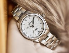 Alpina Watches Comtesse with diamonds. The essence of Swissness. The elegance of sports. Latest Watches, Watches Online, Tina Maze, Alpina Watches, Luxury Watches For Men, Elegant Woman, Lady, Omega Watch, Rolex Watches