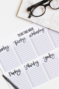 Top Tips on Getting Organized + A Weekly To Do List Printable