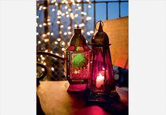 De Casa e Jardim: a festa ao ar livre pode ganhar clima oriental com muitas velas e lanternas. Produção de Cláudia Pixu