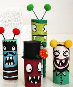 Super fun and easy Halloween craft: Halloween Monsters